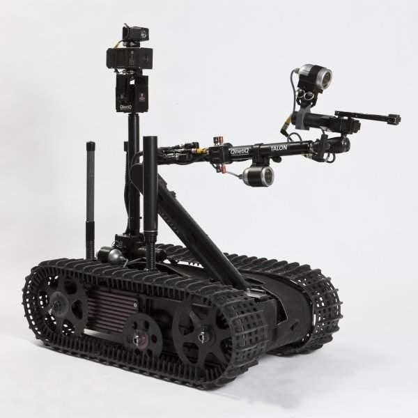 robot militar Talon sword de Foster-Miller antiminas, explosivos y bombas