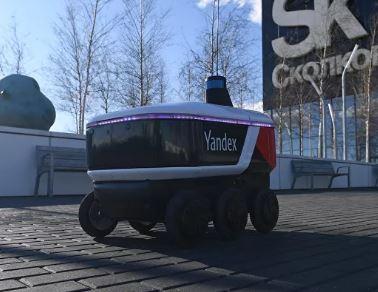 Yandex el robot repartidor que ya recorre Moscú