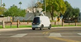 El auto eléctrico y autónomo Nuro que ya opera en California